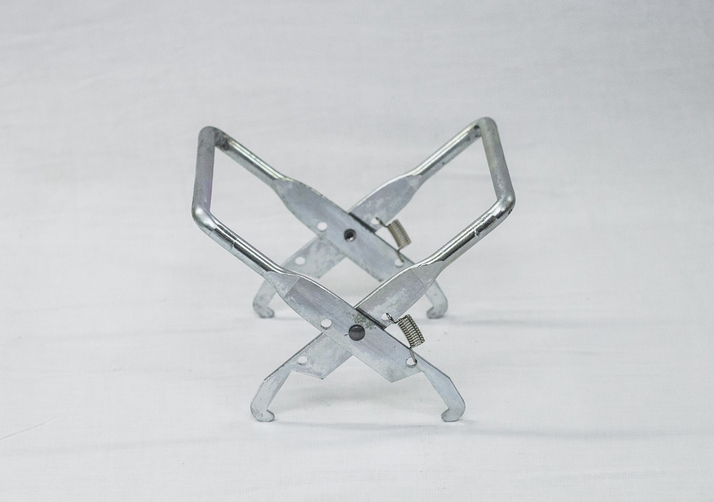 Metal Frame Gripper
